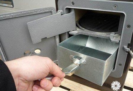 DOSTAWA GRATIS! 88869077 Piec wolnostojący Thorma 2,5-7,5kW Kerpen na drewno i węgiel (wylot spalin: tył) - spełnia anty-smogowy EkoProjekt